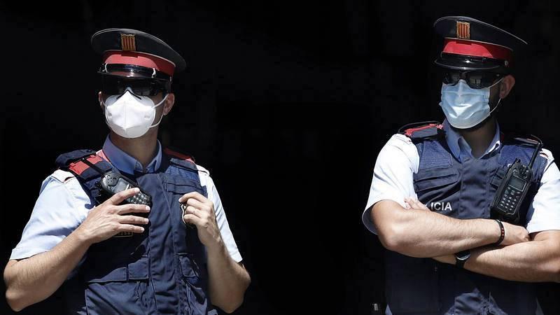 Boletines RNE - Detenido un hombre por intentar matar a su expareja incendiando su piso en El Vendrell (Tarragona) - Escuchar ahora