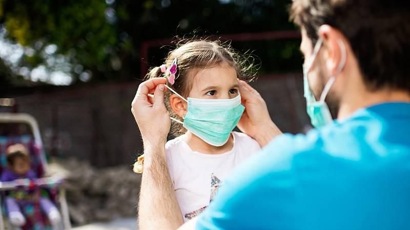 Por tres razones - La Covid-19 en niños: síntomas, evolución y secuelas - Escuchar ahora