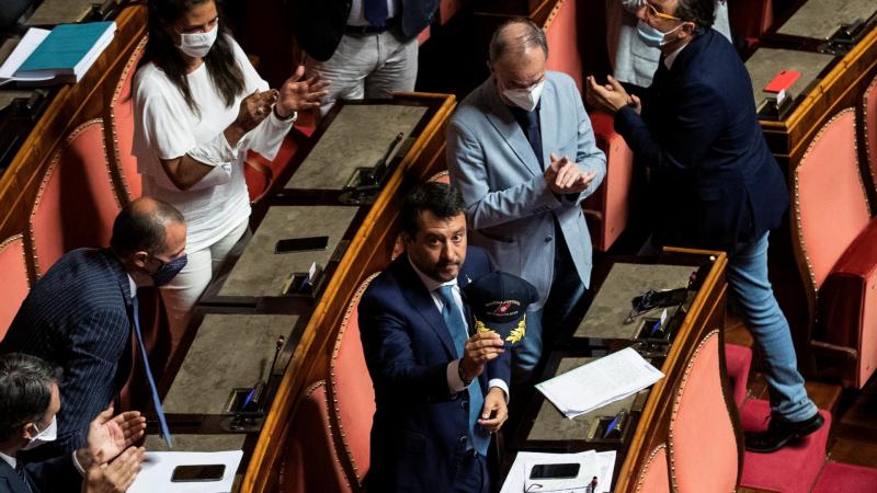 Boletines RNE - El senado italiano está a favor de que se juzgue a Salvini - Escuchar ahora