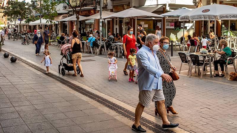 Boletines RNE - La curva de contagios en España continúa en ascenso: 1.525 en un día - Escuchar ahora