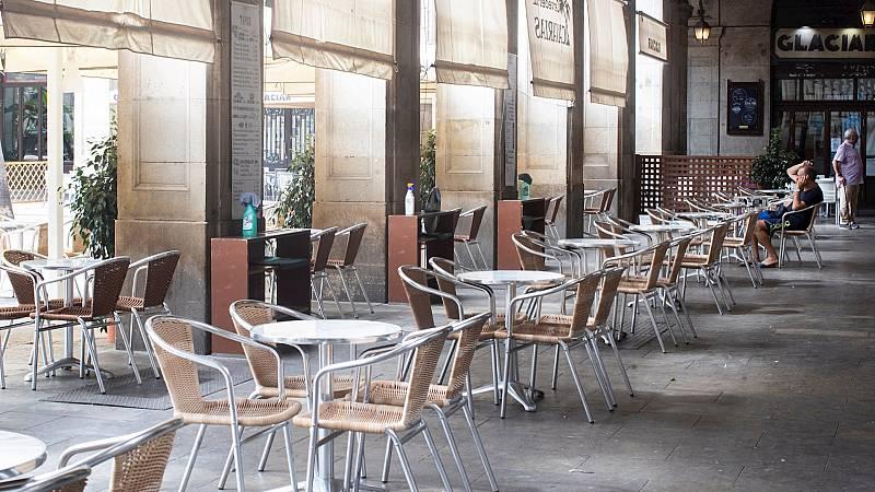 España a las 8 Fin de Semana - Cataluña limita la apertura de bares y restaurantes hasta la medianoche pese a la decisión del TSJC - Escuchar ahora