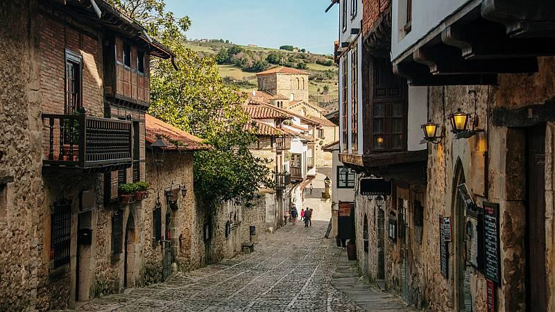 España a las 8 Fin de Semana - Los pueblos se reactivan este verano por la pandemia - Escuchar ahora
