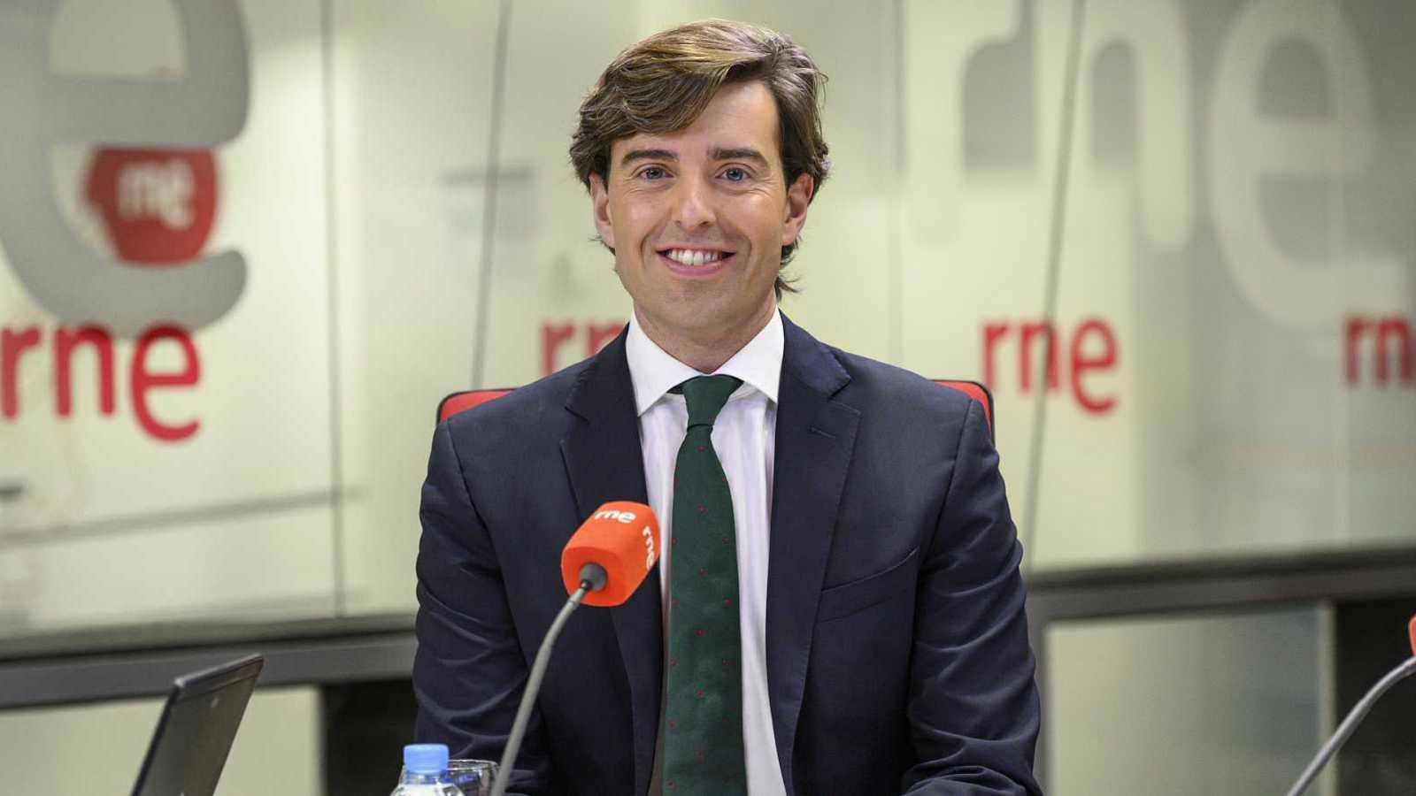 """Las mañanas de RNE - Montesinos (PP): """"Es el día para reinvidicar su papel determinante en nuestro país"""" - Escuchar ahora"""