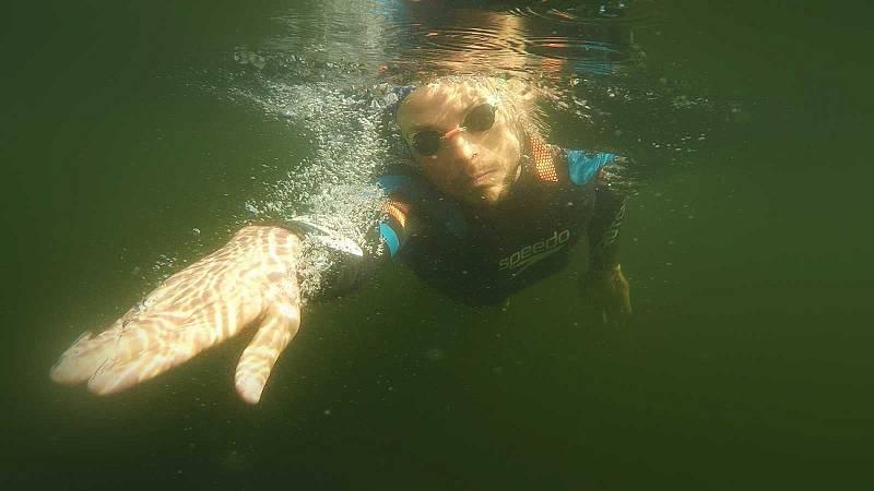 Españoles en la mar - La llamada del océano. La gran aventura de unir nadando los 5 continentes  - 05/08/20 - escuchar ahora