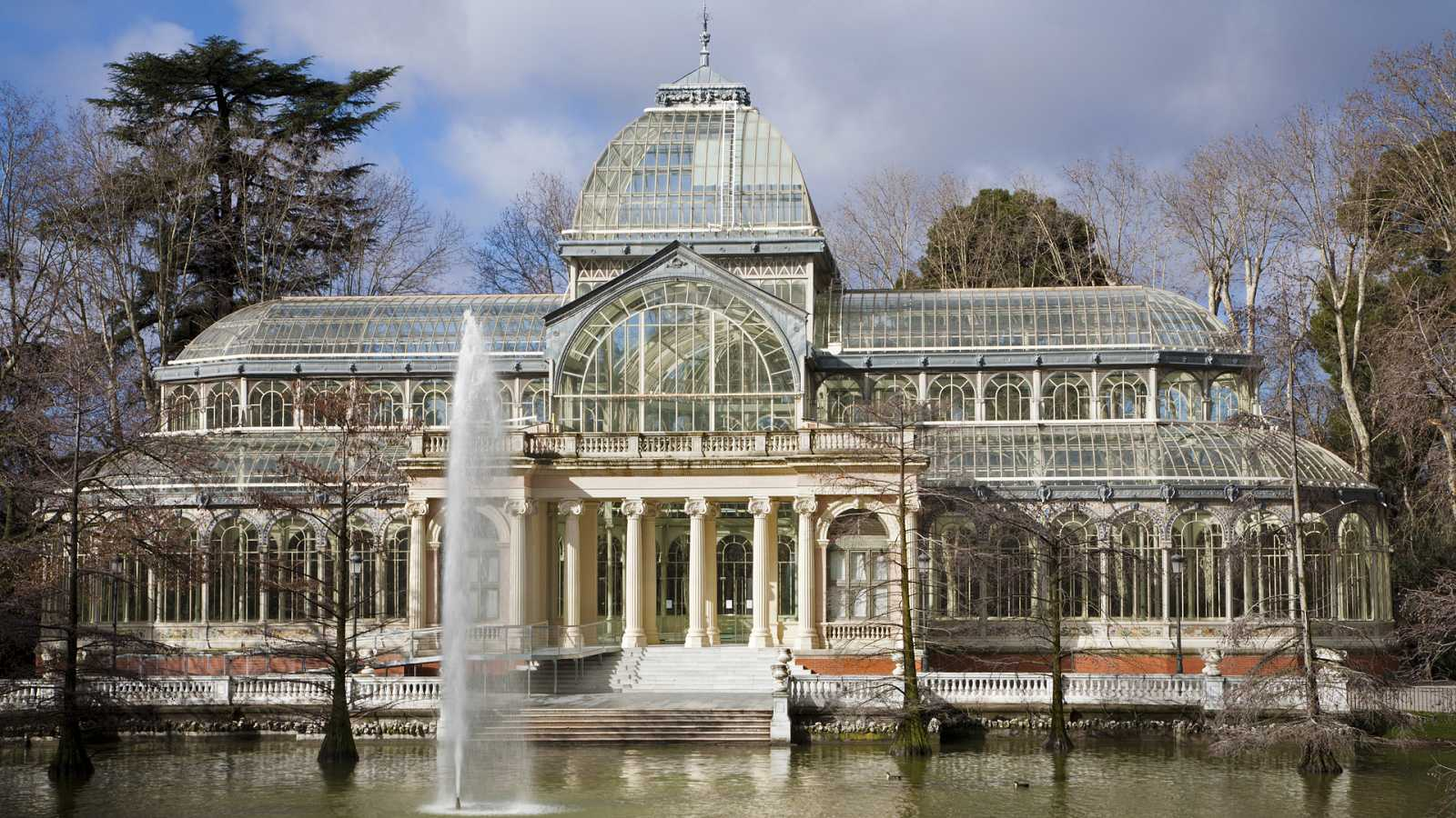 English Language Broadcast - Madrid's Crystal Palace and artist Petrit Halilaj - 06/08/20 - escuchar ahora