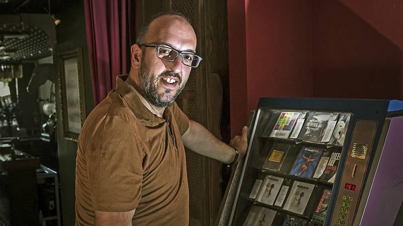 """Las mañanas de RNE - Javier Ajenjo, director del Sonorama: """"Es una noticia dura, pero saldremos de esta"""" - Escuchar ahora"""