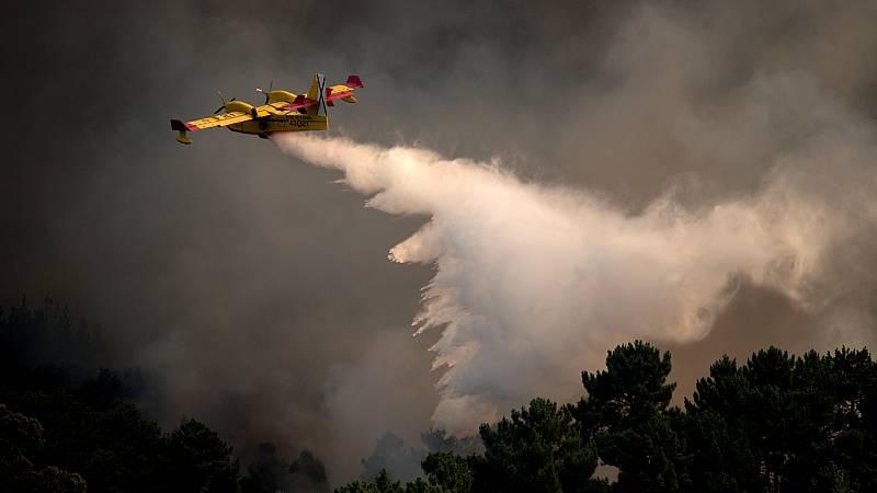 14 horas Fin de Semana - Dos heridos al estrellarse un hidroavión portugués que trabajaba en el incendio de Lobios - Escuchar ahora