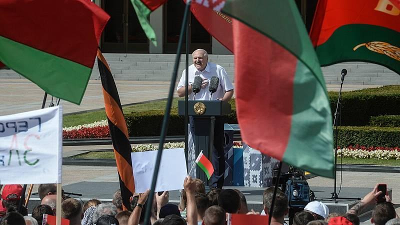 14 horas fin de semana - Lukashenko moviliza a sus partidarios y se niega a repetir elecciones en Bielorrusia - Escuchar ahora