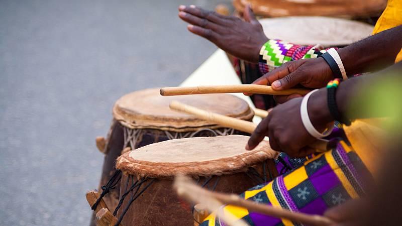 El mundo desde las Casas - El legado de grandes músicos africanos - 21/08/20 - Escuchar ahora