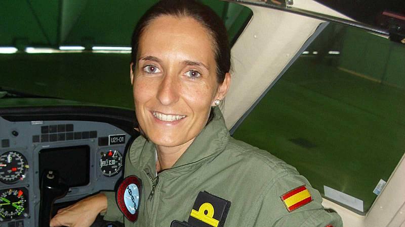 Las mañanas de RNE con Alfredo Laín - Patricia Campos, la primera mujer en pilotar un reactor de la armada - Escuchar ahora