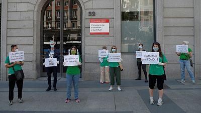 14 horas - Los sindicatos aplazan la huelga de profesores en Madrid al 22 y 23 de septiembre - Escuchar ahora