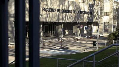 14 horas - El Gobierno propone cuarentena para los contactos de cada universitario que dé positivo - Escuchar ahora