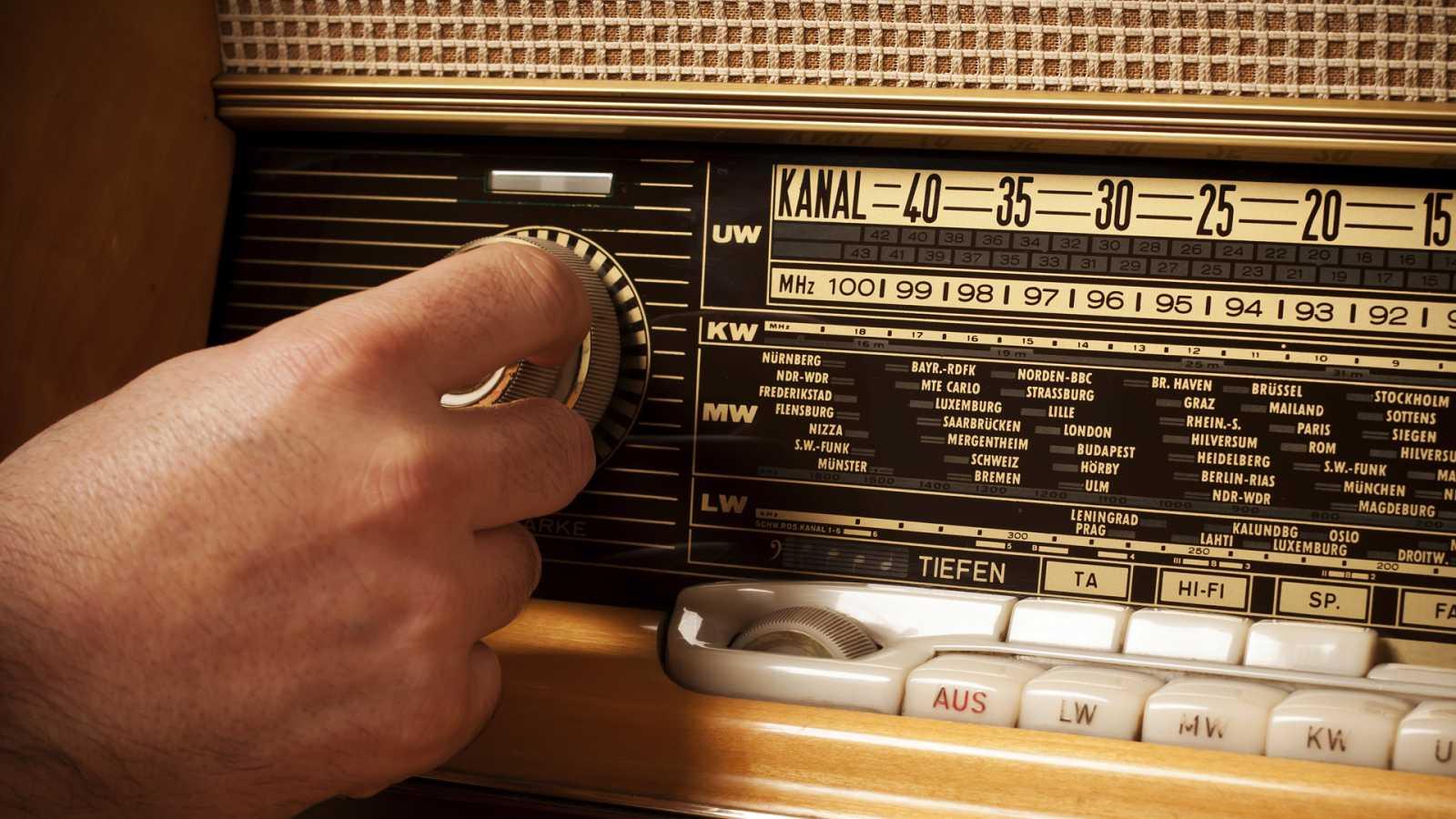 Amigos de la Onda Corta - 100 años de la radio argentina - 03/09/20 - escuchar ahora