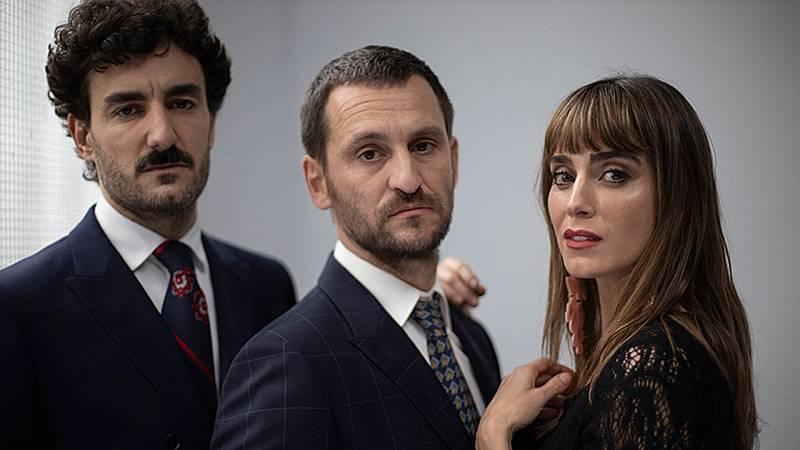 Tarde lo que tarde - Israel Elejalde y Raúl Arévalo presentan 'Traición', la obra del virus de la infidelidad - Escuchar ahora