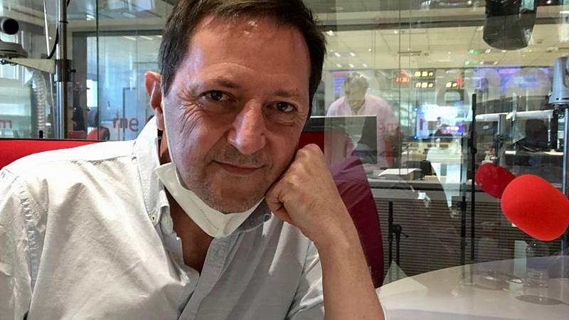 Las mañanas de RNE con Pepa Fernández - Ignacio Martínez de Pisón cree que los recuerdos se desvanecen, pero ¿queda un aroma en forma de dolor que no se va¿ - Escuchar ahora-