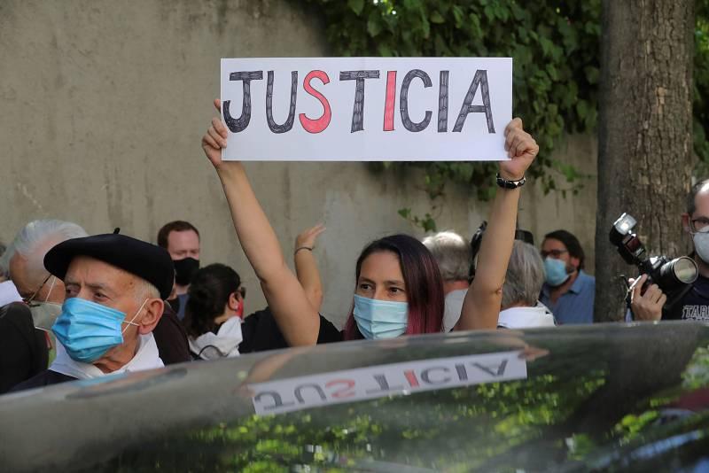 24 horas - Rodolfo Martín Villa comparece en la embajada de Argentina en Madrid - Escuchar ahora