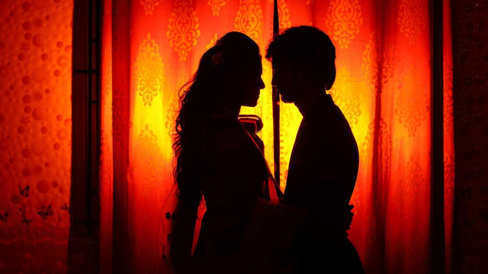 Cierra la puerta - Solo acabamos de empezar (El ROMANCE no se ha terminado) - 06/09/20 - escuchar ahora