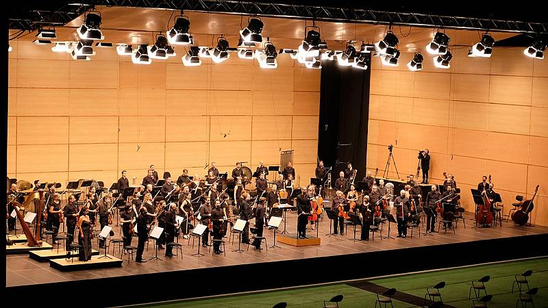 Las mañanas de RNE con Pepa Fernández - Gañanes y gañanas - La Orquesta Sinfónica de Galicia nos deleita en directo - Escuchar ahora