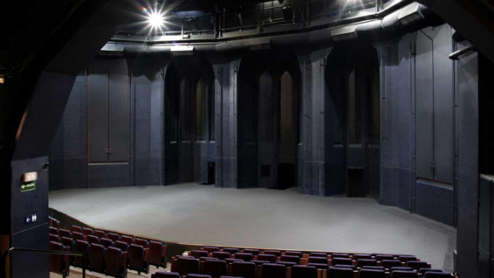 Artesfera en R-5 - Presentación de la  programación del Teatro Abadía de Madrid - 11/09/20 - Escuchar ahora -