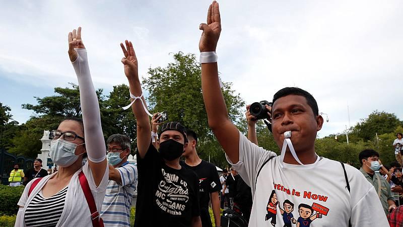 Reportajes 5 Continentes - Protestas contra la Monarquía en Tailandia - Escuchar ahora