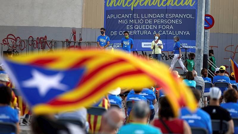 España a las 8 Fin de Semana - El independentismo emplaza a ERC y JxCat a trabajar de manera conjunta en una Diada marcada por el coronavirus - Escuchar ahora