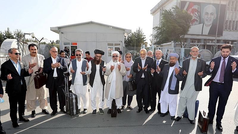 Boletines RNE - El Gobierno afgano y los talibanes inician las negociaciones de paz en Doha - Escuchar ahora