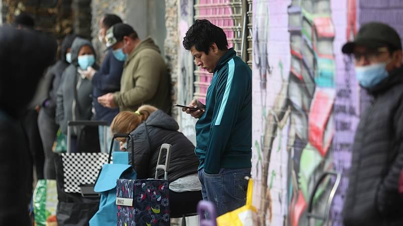 14 horas - Los inmigrantes que viven en España están muy arraigados, pero siguen ocupando los empleos más precarios - Escuchar ahora