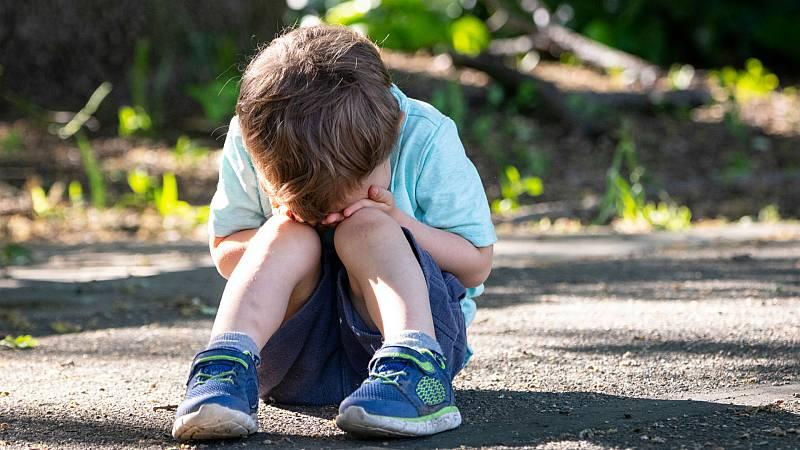 14 horas - El 35% de los adolescentes reconoce tener un caso de acoso escolar en su clase - Escuchar ahora