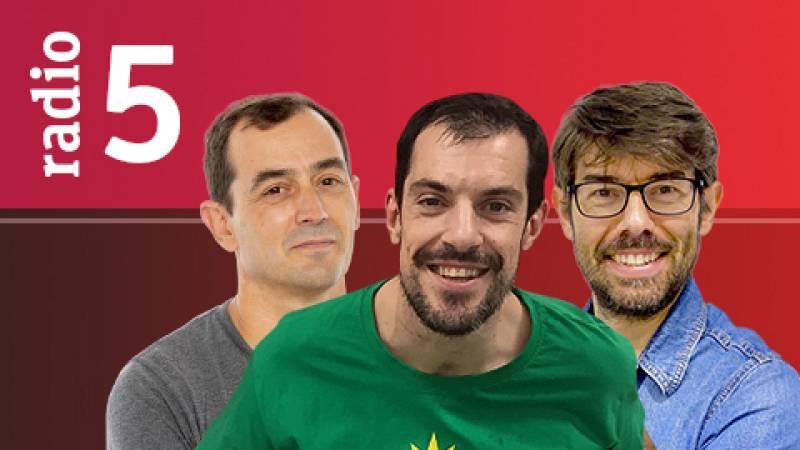 El Vestuario en Radio 5 - Rafa Nadal arrasa en su vuelta a las pistas 200 días después - Escuchar ahora