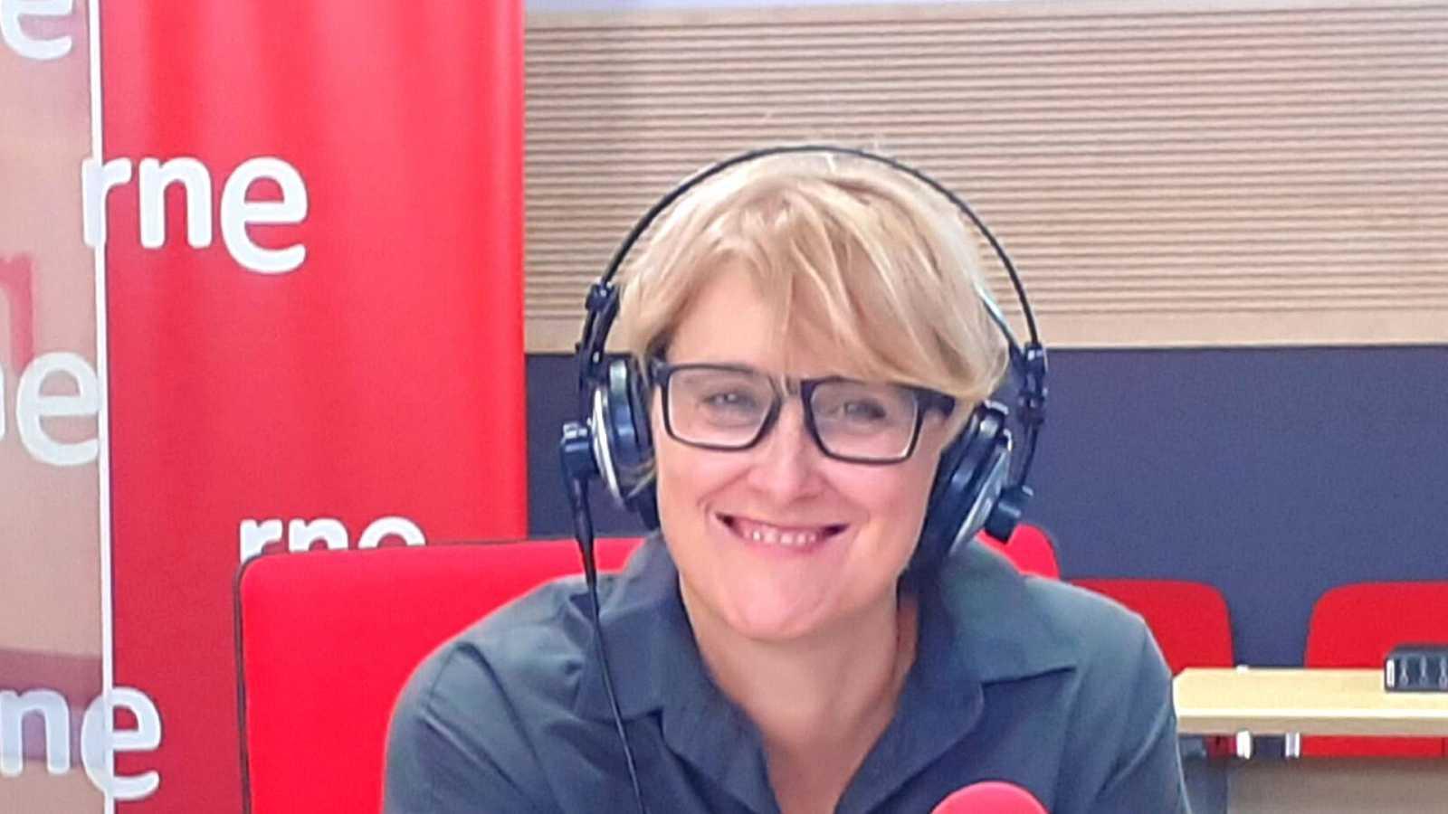 Las mañanas de RNE con Pepa Fernandez - Que corra el aire - El programa 'Imprescindibles' de TVE cumple 10 años en emisión - Escuchar ahora