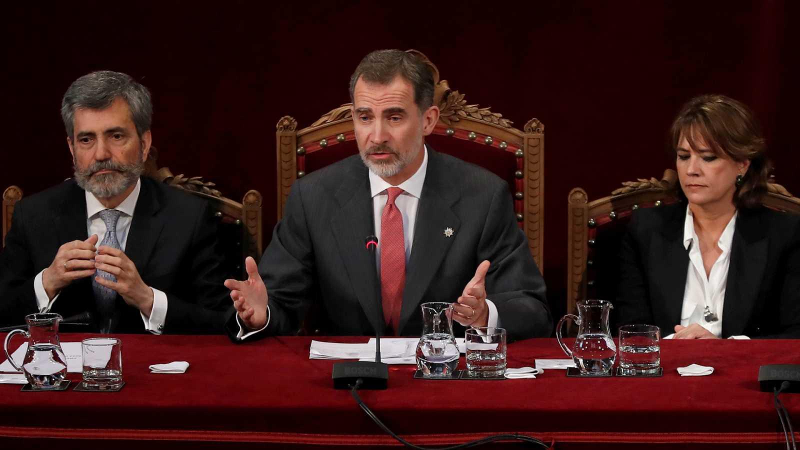 14 horas - Los jueces piden explicaciones al Gobierno por la ausencia del rey en un acto en Barcelona - Escuchar ahora