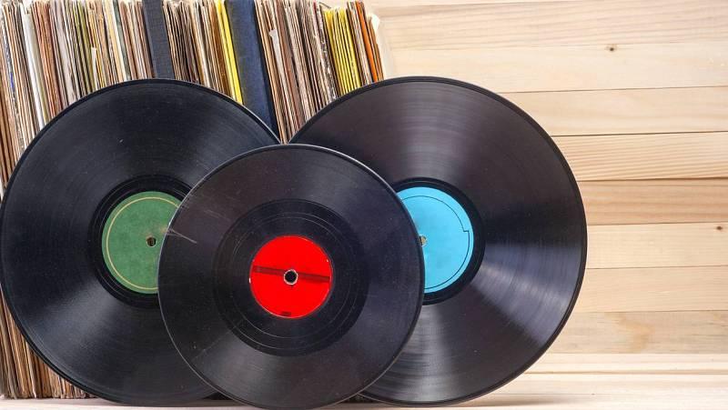 Cinco pistas - Mi versión es mejor que la tuya: segunda parte // Roberto Santamaría- 25/09/20 - Escuchar ahora -