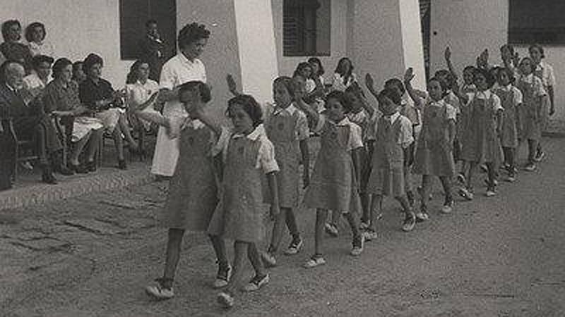 Artesfera en Radio 5 - Mujer y Memoria: ¿Cómo eran los colegios de nuestras madres y abuelas? - 26/09/20 - Escuchar ahora