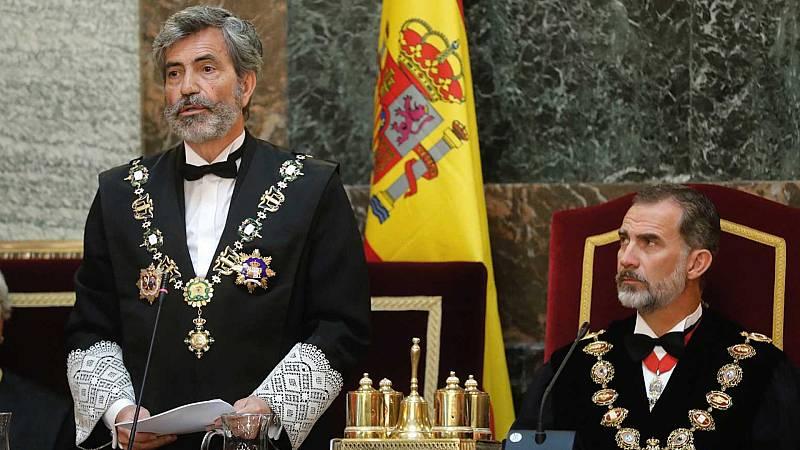 """24 horas - Lesmes expresa su """"enorme pesar"""" por la ausencia del rey y parte del Gobierno denuncia que Felipe VI haya roto la neutralidad política - Escuchar ahora"""