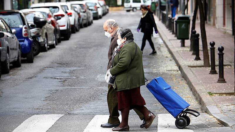 España a las 8 Fin de Semana - Desciende el número de pensiones pero la factura crece: 2% más que el año pasado - Escuchar ahora