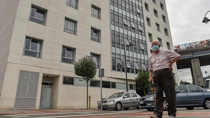 España a las 8 Fin de Semana - Las residencias denuncian que se sienten igual de abandonadas que en marzo - Escuchar ahora