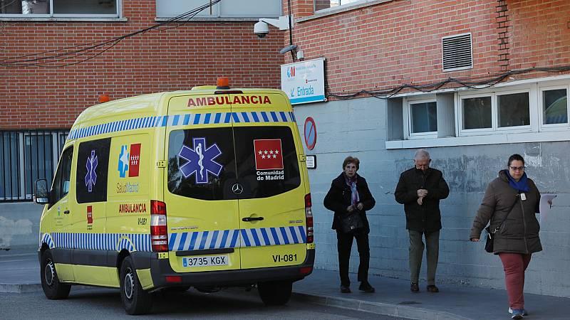 Boletines RNE - Casi 200 fallecidos con COVID-19 y más de 31.000 contagios durante el fin de semana - Escuchar ahora