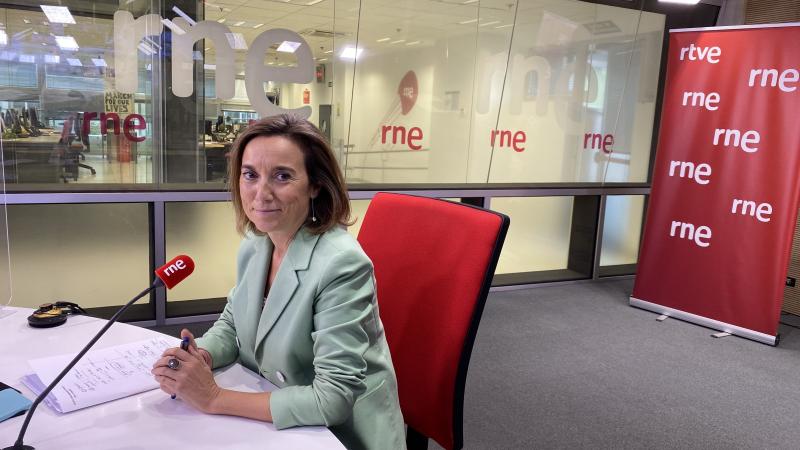 """Las mañanas de RNE - Cuca Gamarra (PP) cree que la situación política en Cataluña es """"insostenible"""" e insta a convocar elecciones urgentemente - Escuchar ahora"""