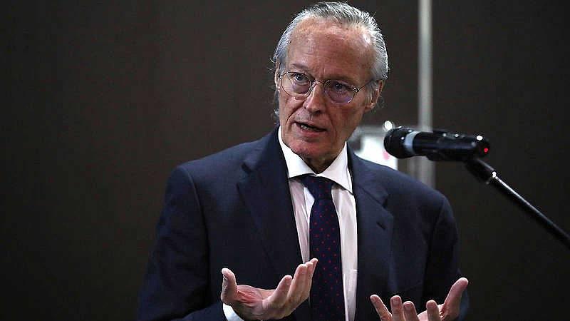 Las Mañanas de RNE con Íñigo Alfonso - Piqué llama a la responsabilidad de los políticos en el Foro La Toja - Escuchar ahora