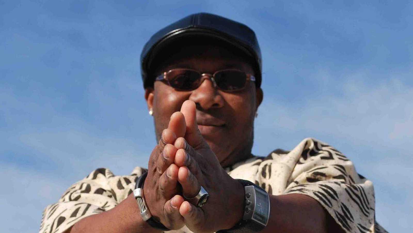 África hoy - Baron Ya Búk-lu, un referente en el espacio cultural afroiberoamericano - 01/10/20 - Escuchar ahora