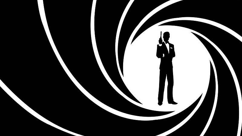 """Las cuñas de RNE - James Bond, en """"Memoria de delfín"""" - Escucha ahora"""