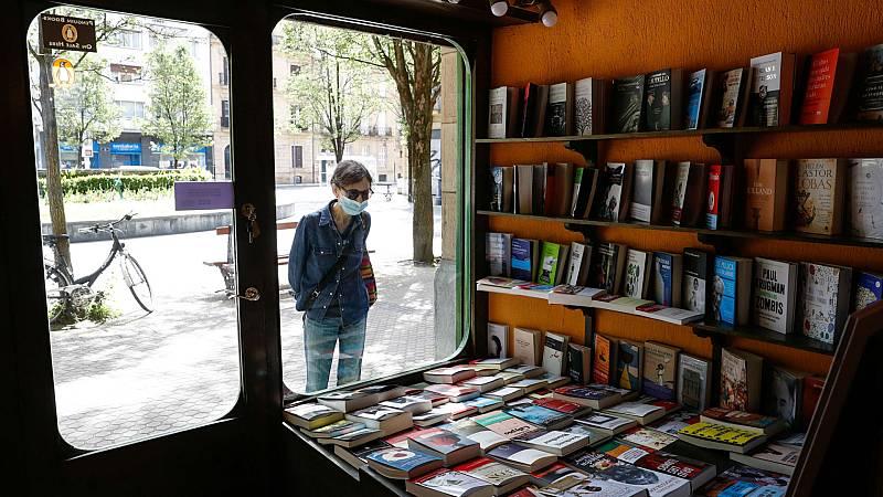Las mañanas de RNE con Íñigo Alfonso - Las librerías madrileñas intentan salvar el año con una Feria del Libro virtual - Escuchar ahora