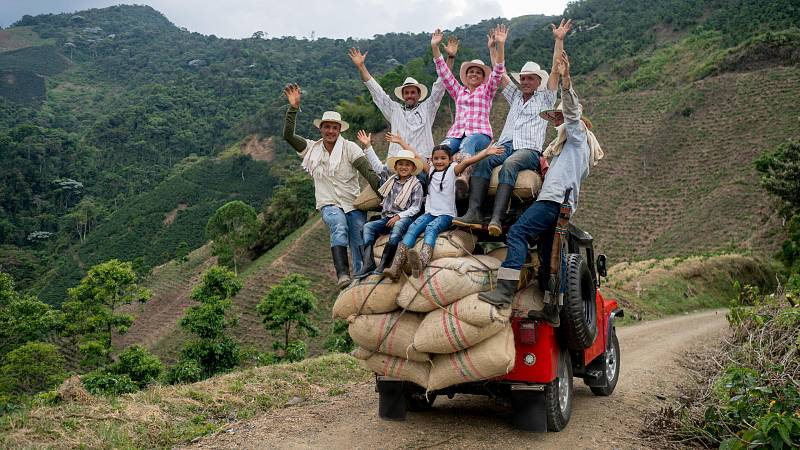 Nómadas - El eje cafetero colombiano, la ruta del aroma - 03/10/20 - escuchar ahora