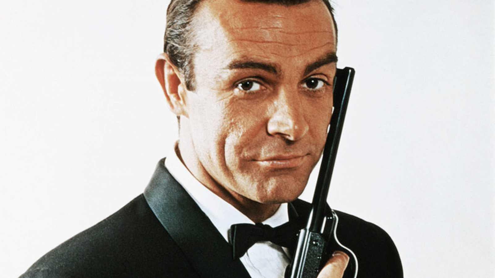 Memoria de delfín - James Bond: Los secretos del espía más famoso - 05/10/20 - Escucha ahora