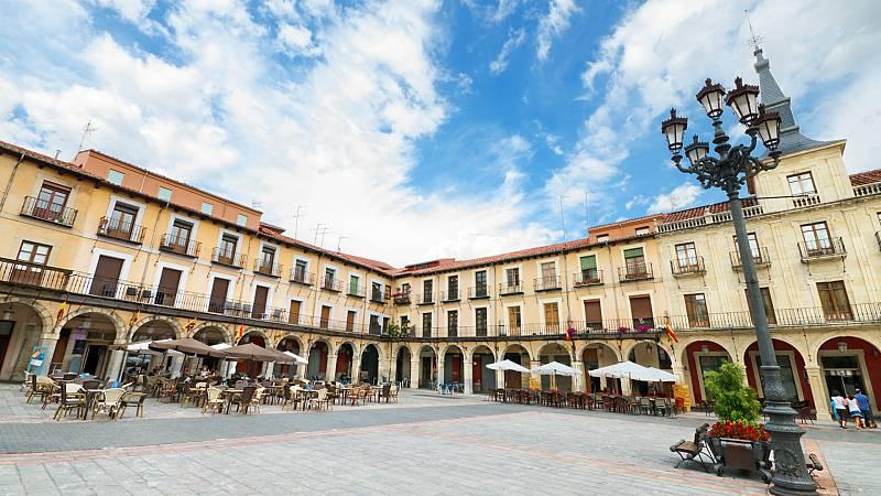 Boletines RNE - Las ciudades de León y Palencia sufrirán desde mañana las mismas restricciones que Madrid - Escuchar ahora