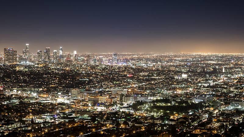 Mas cerca - Combatir la contaminacion lumínica - Escuchar ahora