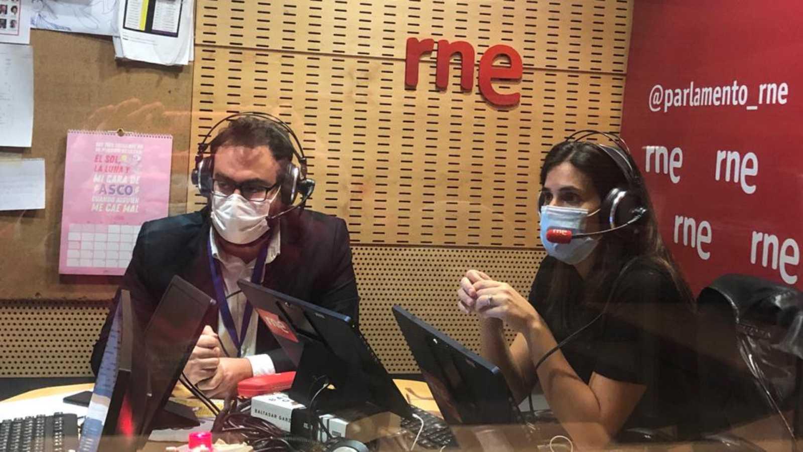 Parlamento - Radio 5 - 'La coalición frente a la pandemia' de María Llapart y José Enrique Monrosi - Escuchar ahora
