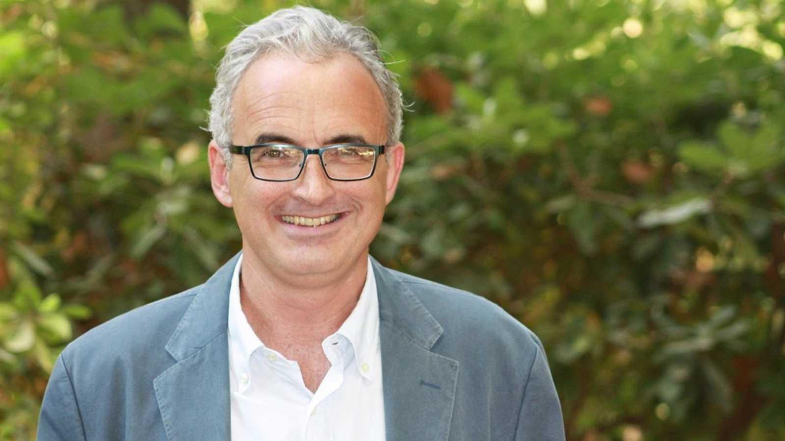 """Parlamento - Radio 5 - Fernando Álvarez-Ossorio: """"El Gobierno no ha tenido más remedio que aplicar una posibilidad que la Constitución le da"""" - Escuchar ahora"""