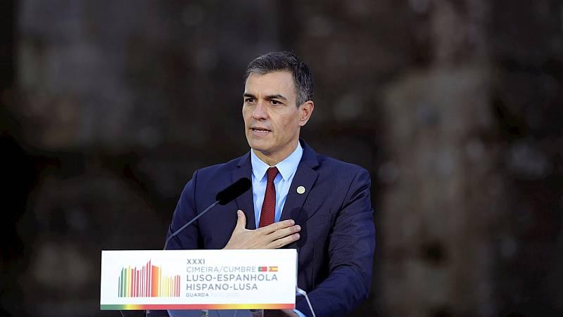 Boletines RNE - Sánchez justifica el estado de alarma en Madrid y tiende la mano al gobierno regional para llegar a acuerdos - Escuchar ahora