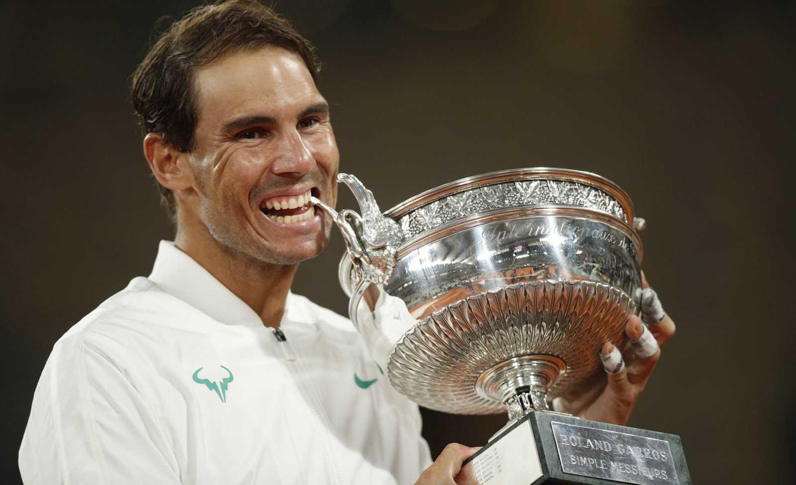 Boletines RNE - Rafa Nadal gana su 13º Roland Garros y ya suma 20 Grand Slam - Escuchar ahora